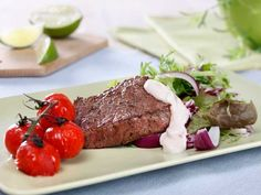 Foto: Opplysningskontoret for egg og kjøtt/Mari Svenningsen Beef Recipes, Healthy Recipes, Healthy Food, Chili, Curry, Keto, Eggs, Cooking, Recipe
