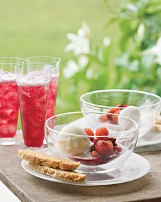 Pomegranate Sparklers Recipe
