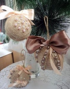 Christmas crafts – decorations, ornaments on the Christmas tree, wreaths… Cowboy Christmas, Rustic Christmas, Handmade Christmas, Christmas Crafts, Quilted Christmas Ornaments, Christmas Tree Ornaments, Christmas Wreaths, Christmas Spheres, Decor Crafts