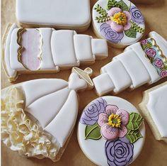 Wedding Cake Cookies, My Website, Flower Cookies, Cookie Decorating, Sugar Cookies, Thinking Of You, Desserts, Brooklyn, Instagram