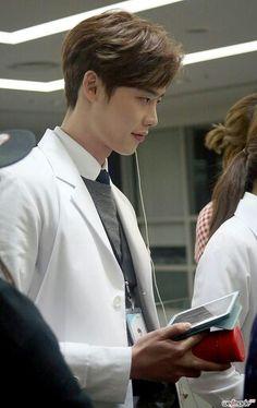#Leejongsuk #pinnochio #icanhearyourvoice #doctorstranger #kdrama #sbs