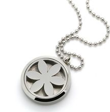 Hot Selling Flower Stainless Steel <strong>Essential</strong> <strong>Oil</strong> <strong>Diffuser</strong> <strong>Necklace</strong> Locket