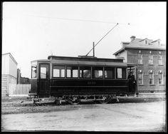 Provenance : Bibliothèque et Archives nationales du Québec (BAnQ) Tramway, Canada, Model Trains, Quebec, Images, Models, Cars, Street, Vintage