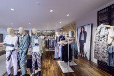 Lui & Lei, Gronau (Germany) #fashion #retail #lighting #beleuchtung #licht