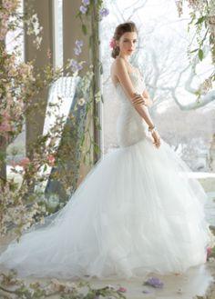 http://s.click.aliexpress.com/e/JmEyNzzb2  Wunderschönes Meerjungfrauen Brautkleid mit herrlicher, zarter, floraler Spitze und großem Tüllrock. Neue Kollektion 2016.