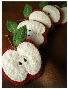 What can be done from felt | PicturesCrafts.com