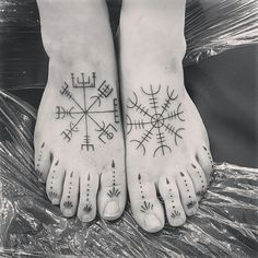 Love my new feet.... Bootiful xxx #tattoo #inked #Vikings #vegvisir #aegishjalmur