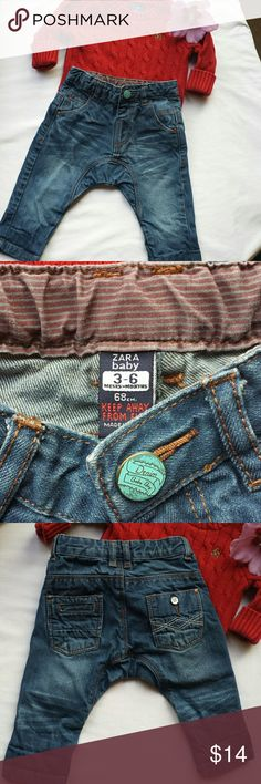 Zara baby boy 3-6 mths jeans pants Super cute baby boy jeans. Snaps at waist to close. Two cute pockets at the back. Zara baby Bottoms Jeans