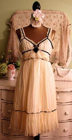Cream Silk Maxi Dress Ladies Silk Clothing Boho Chic Dresses Bohemian Clothing Shabby Chic Clothing Ladies Summer Dress Misses Size Small Cowgirl Dresses, Gypsy Dresses, Lace Dresses, Shabby Chic Quilts, Shabby Chic Pink, Wedding Attire, Chic Wedding, Silk Clothing, Bohemian Clothing