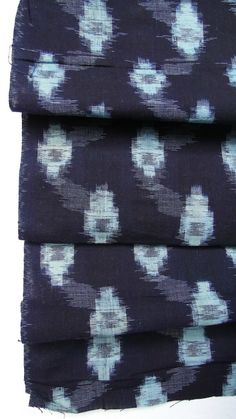 RESERVED  Showa era woven cotton, dark blue and light blue, dyed with Japanese indigo. This is a beautiful example of traditional Japanese folk