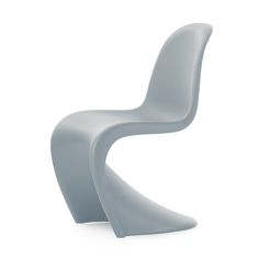 Bring classic, prize winning design to your home with this Ice Grey Panton chair from Vitra. Designed by Verner Panton, it was first presented in 1967 & won numerous prizes for its innovative design.