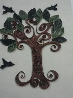 Beautiful quilled tree/birds - by: Ala M Yasin - of Maritza Laboy's quilling group - facebook.com  Thanks, Ala!