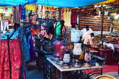 Dilli Haat, Markt in Delhi, Indien Delhi Haat, Jodhpur, Vibrant, Culture, Indian, Explore, Traditional, Women In India, India Travel