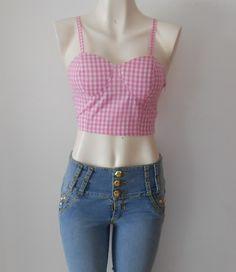 Lo #inn para esta #temporada es usar blusas cortas y con #estilo.