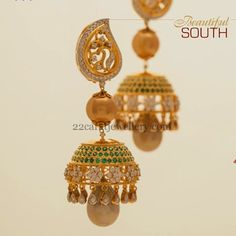 Jewellery Designs: Diamond Flowers Exquisite Jhumkas