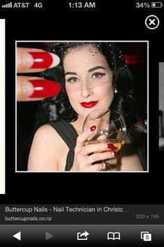 1920s nails Edgy Nails, Fun Nails, Pretty Nails, 1920s Nails, Great Gatsby Theme, Tough As Nails, Gatsby Party, Dita Von Teese, Roaring Twenties
