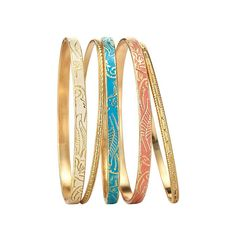 The Summer Breeze Collection features colorful beads set in goldtone. Wear one or all five of the bangle bracelet set. The metallic set features two goldtone bracelets, a turquoise bracelet, a peach/coral bracelet and a cream-colored bracelet. Coral Bracelet, Bracelet Set, Bangle Bracelets, Bangles, Jewelry Sets, Gold Jewelry, Women Jewelry, Jewelry Trends, Statement Jewelry