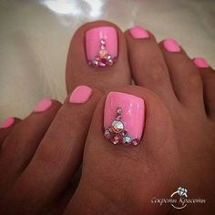 Cute pedicure design more pink toe nails Pretty Toe Nails, Cute Toe Nails, Pretty Toes, Gorgeous Nails, Pink Toe Nails, Pink Toes, Pedicure Nail Art, Toe Nail Art, Pink Pedicure