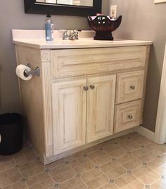 painting oak with annie sloan chalk paint white chalk paint bathroom vanity makeover and white chalk
