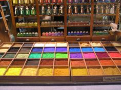I want! The Artist's Way, Holi Colors, Artist Supplies, Artist Brush, Painted Boxes, Mark Making, Palaces, Watercolours, Dyes