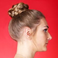 Braided Top Knot For Long Hair – bun hairstyles for long hair Top Hairstyles, Easy Hairstyles For Long Hair, Braids For Short Hair, Hairstyles For School, Braided Hairstyles, Short Hair Styles, Hairstyles Videos, Braided Top Knots, Long Hair Video