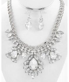 430551 Rhodiumized / Clear Glass & Acrylic / Clear Rhinestone / Lead&nickel Compliant / Necklace & Fish Hook Earring