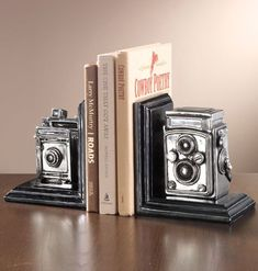 Learn How To Use Old Cameras As Repurposed Objects - Top Craft Ideas