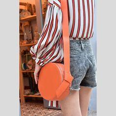Orange is the happiest color 🍊 . #leatherbag #circlebag #orangebag #fashionbag #everydaybag #styleinspo #ootd #summerbag #fashionblogger…