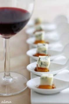 Antipasto finger food pere e gorgonzola Snacks Für Party, Appetizers For Party, Appetizer Recipes, Aperitivos Finger Food, Wine Recipes, Cooking Recipes, Cooking Tips, Appetisers, Finger Foods