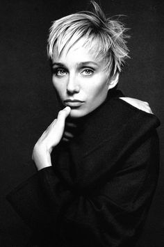 Kristin Scott Thomas | here's another one that doesn't seem to age and if she does she does it gracefully.