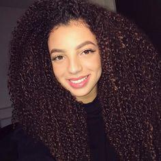 ❄️pinterest @brianaa0122 Natural Curls, Natural Hair Styles, Long Hair Styles, Afro Textured Hair, Blonde Curls, Curled Hairstyles, Hairdos, Long Curly Hair, Love Hair