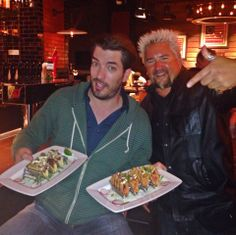 Wow, the food at Guys in NYC is delish...and my host/buddy, Guy Fieri, knows his stuff! Property Brothers, Jonathan Silver Scott, Scott Brothers, Douglas Booth, Drew Scott, Rowan Blanchard, Guy Fieri, Charli Xcx, Love To Meet