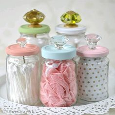 Upcycled glass jars with knobs Cleaning out your home can result in many odds and ends. Some are trash and others can be reused for new projects. See how to upcycle glass mason jars here! Mason Jar Projects, Mason Jar Crafts, Bottle Crafts, Diy Projects, Crafts With Glass Jars, Sewing Projects, Glass Jars With Lids, Upcycling Projects, Glass Containers