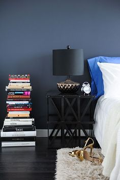7 Ways To Use Books As A Decorative Feature #refinery29 http://www.refinery29.uk/books-decor-ideas-interiors#slide-3 Stack them highWondering what on earth to do with that annoying narrow alcove in your flat? Fill it with a tower of books. A good way to stow your books without a trip to Ikea for a Billy bookcase, stacking books up makes use of vertical space where square footage is tight. Aside from practicalities, a free-standing stack of books also gives a relaxed feel to a space and…