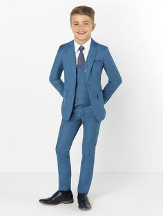 Shop for boys blue wedding suit Ford at Roco Clothing Kids Wedding Suits, Blue Suit Wedding, Petrol Blue Suit, Boys Clothes Style, Beautiful Suit, Kids Suits, Suit And Tie, Boy Blue, Boy Outfits