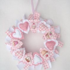 This would be cute to make for a baby shower in the colour of 'baby to be' (loose the cupcake images)