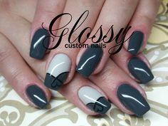 Glossy Gallery - Glossy
