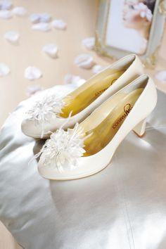 Xavira ivory #schoenclip #trouwschoenen  #bruidsschoenen