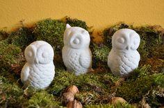 Eulengeschwister aus eigenen Latexformen Latex, Form, Garden Sculpture, Outdoor Decor, Home Decor, Owls, Decoration Home, Room Decor, Home Interior Design