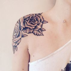 Shoulder Several Rose tattoo