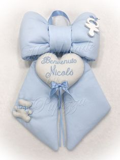 Birth, Baby Kids, Tela, Baby Things, Craft Ideas, Alphabet, Quilts, Cloth Art Dolls, Hair Bows