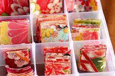 つまみ細工の作り方 <基本編> 職人さん article about tsumami zaiku (kanzashi) artisan. Traditional handmade flowers.