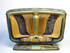 Excelsior Model 55 Bakelite Radio. Manufactured in France by SNR. This radio was made in 1955, and is nicknamed the Butterfly.