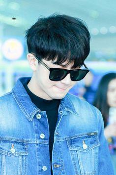 Korean Celebrities, Celebs, Ikon Songs, Hanbin, Airport Style, Yg Entertainment, Bobby, Kpop, Prince