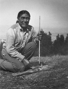 1913: Ishi, the last member of the Yahi tribe, people native to the Deer Creek region in California.