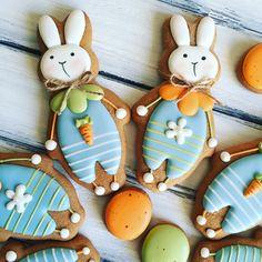 Fancy Cookies, Iced Cookies, Cute Cookies, Easter Cookies, How To Make Cookies, Cookies And Cream, Sugar Cookies, Christmas Cookies, Easter Biscuits