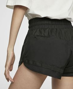 Shorts with bow - 1