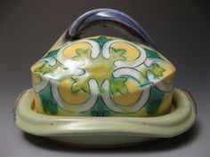 Chartreuse Butter Dish - 2011 H L D ( sizes vary slightly) Wheel –thrown and assembled Nova Scotia earthenware with slip, sgraffito and glazes. Ceramic Pottery, Ceramic Art, Lunenburg Nova Scotia, Slab Roller, Cheese Trays, Glaze Recipe, Handmade Pottery, Earthenware, Butter Dish