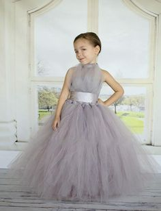 2016 Silver Flower Girls Dresses Tulle Halter Empire Tutu Formal Kids Wear For Birthday Party Ruched Sweep Train Ruffles 2015 New Grey