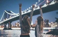 grafika girl, friends, and city
